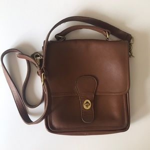 Vintage Coach Willis Brown Leather Crossbody